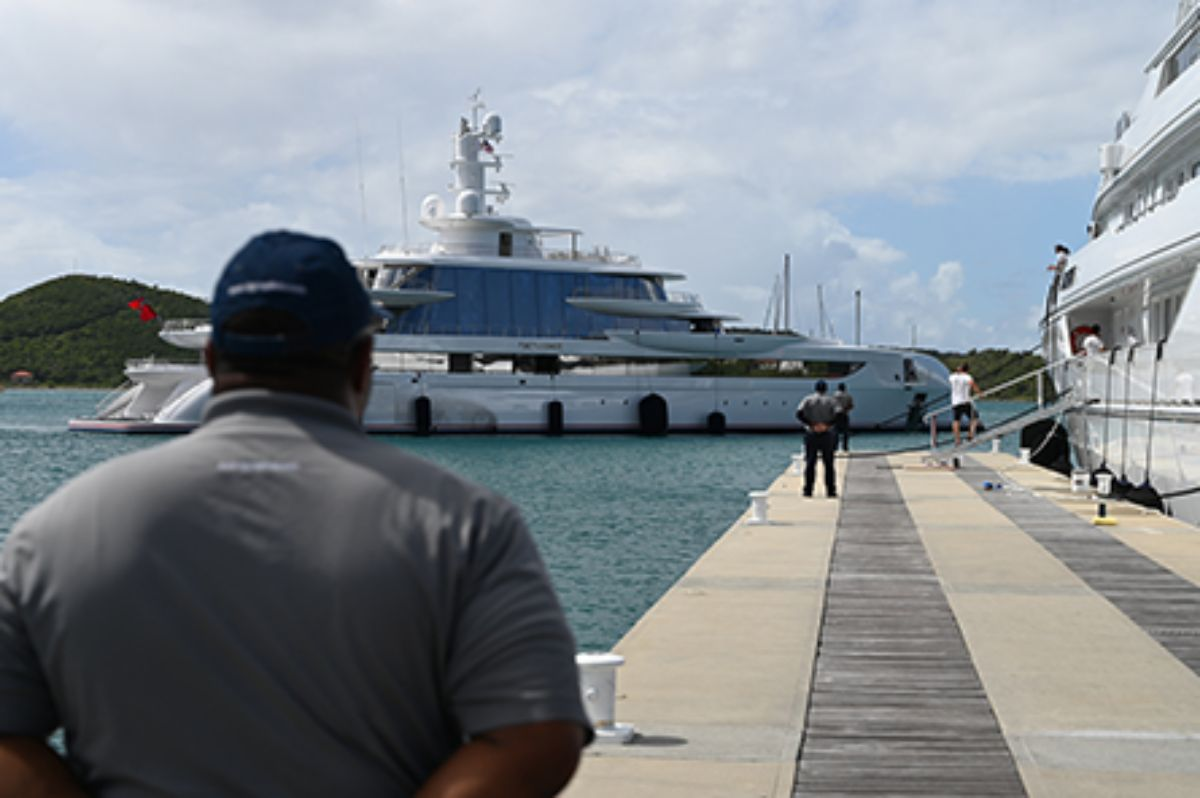 08-2020 - Yacht Haven Grande - St. Thomas - Welcoming Vessel