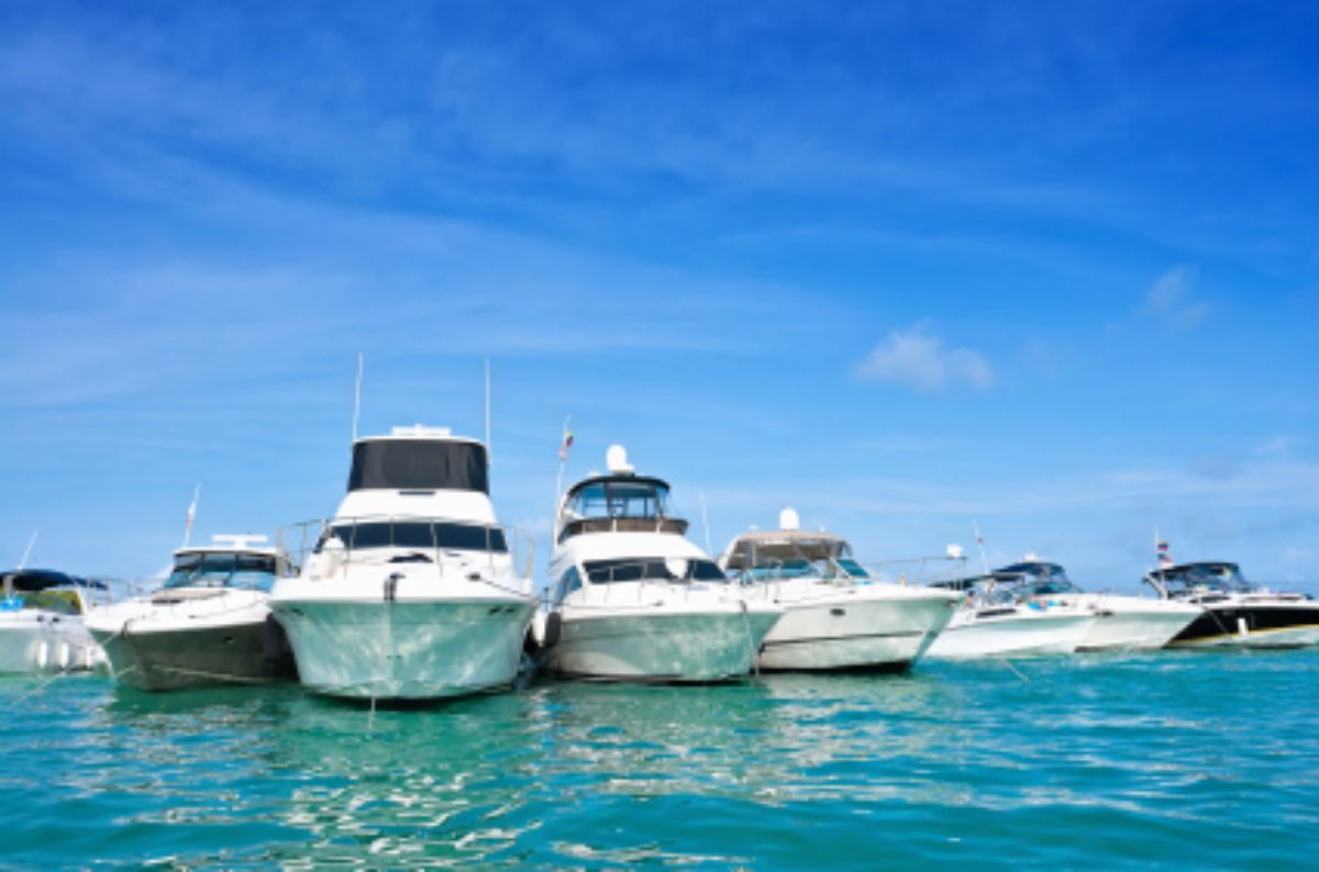 2015-09-Marina Santa Marta-Colombia Marina-Megayachts at Marina-175Kb_0