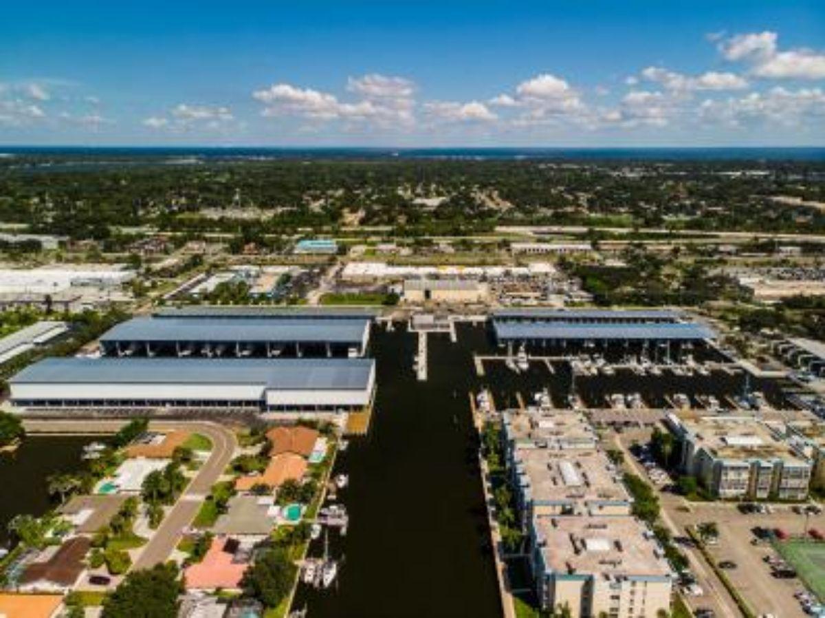 2018-10--Maximo-Marina---St-Petersburg-Tampa-Florida-Marina---East-Tampa-Bay-(1)--1.41MB