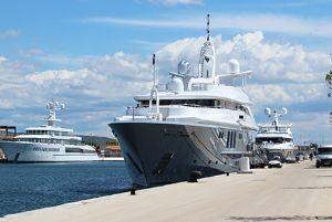 2020 - Sete Marina South of France Megayacht on Dock