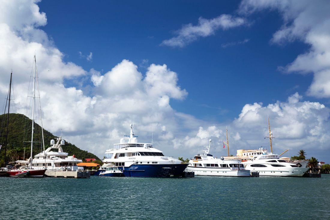 8-Megayachts-St Lucia-Rodney Bay-Martinique-Marigot Bay