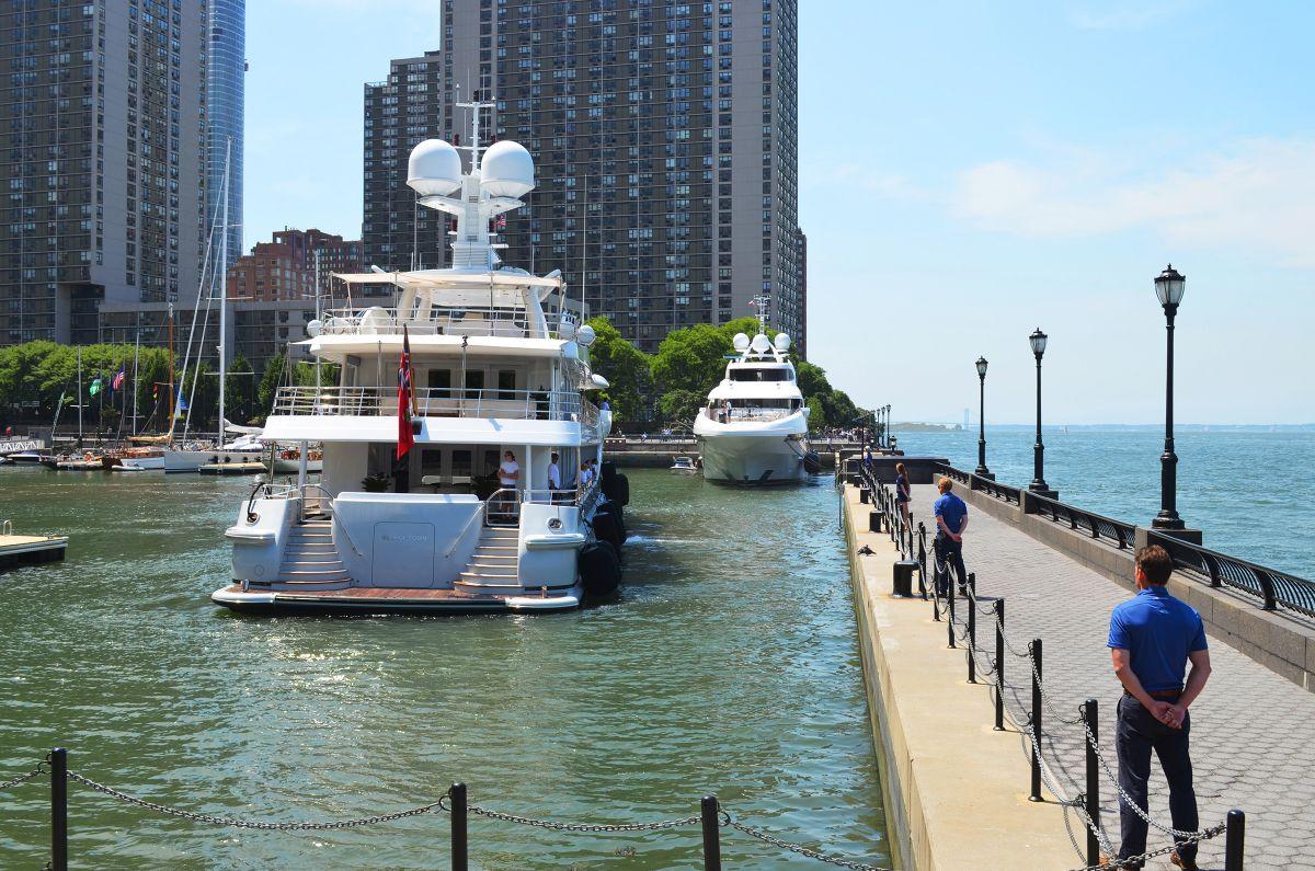 North Cove Marina at Brookfield Place - Manhattan New York City Marina - Arrival Attention (2)