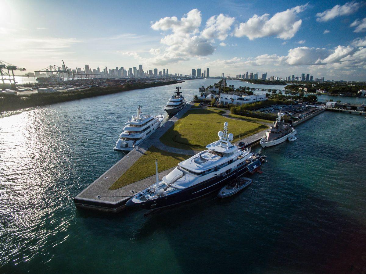 One Island Park - Miami Beach Marina - Aerial1
