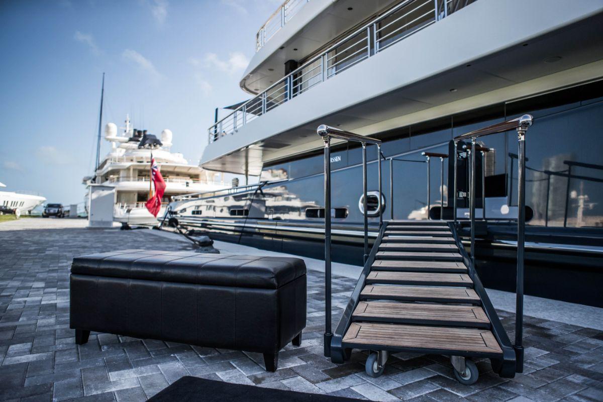 One Island Park - Miami Beach Marina - Yacht Space_0