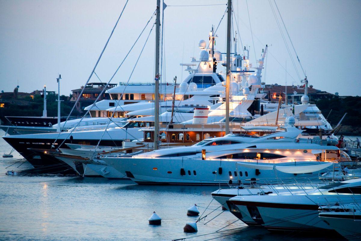 Porto Cervo Marina - Sardinia Italy Mediterranean Marina - Mega Bows -1.49MB