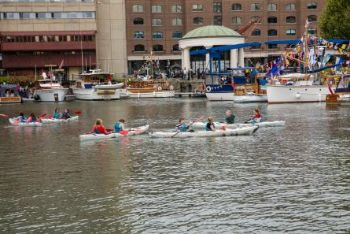 St.-Katharine-Docks-Kayaking-in-Marina-Basins