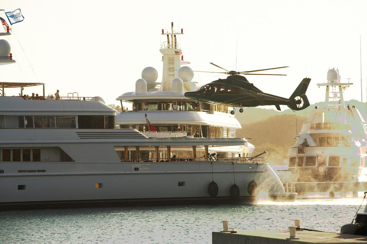 Yacht Haven Grande megayacht marina caribbean