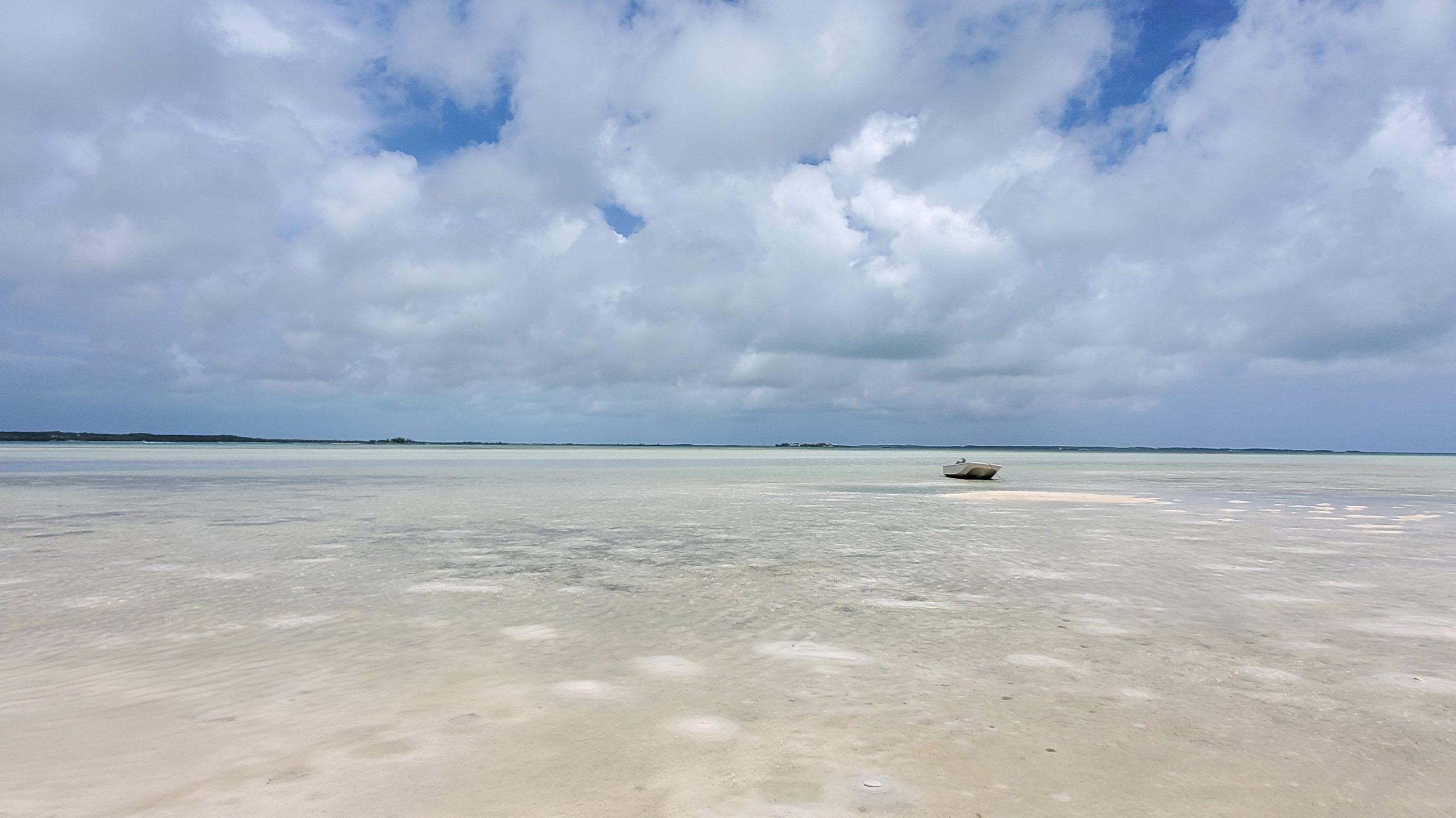 07-2021-Briland-Club-Marina-Boat-on-the-Beach